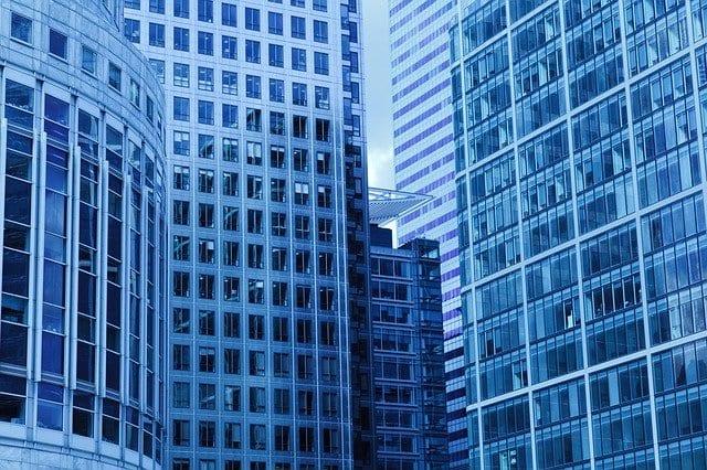 fastighetsaktier med hög utdelning