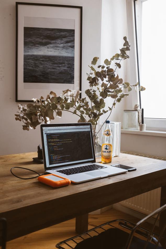 40 sätt att jobba hemifrån på – tjäna pengar genom att jobba hemma