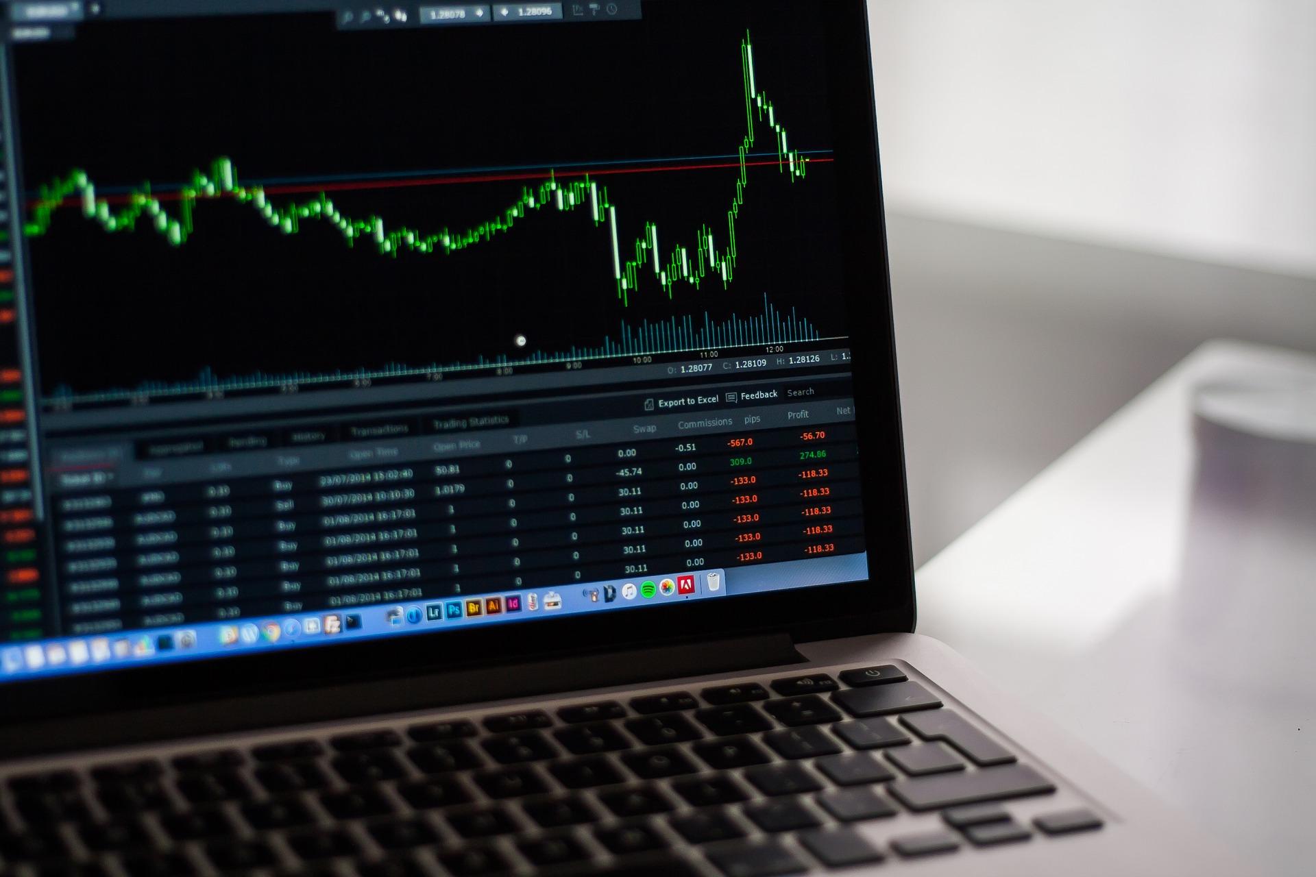 Read more about the article Vilken typ av trading är lämplig om man jobbar heltid?